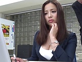 Sexy milf Mukai Ren gets nailed at the office picture 12