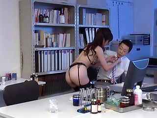 Sexy babe Yurikawa Sara stars in hot office sex