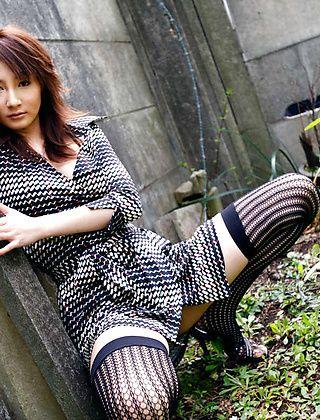 Reinaa Mizuki Lovely Asian Model Is A Horny babe