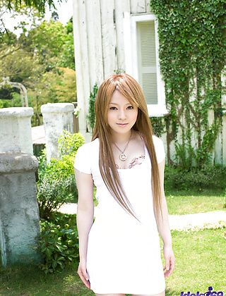 Ria Sakurai Hot Asian Model Who Likes The Shore