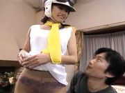 Beautiful Aki Anzai Looks Great In A White Helmet and Goggles