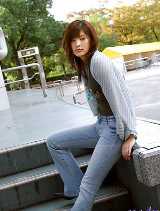 Sara Tsukigami Hot Japanese Babe Who Likes To Party