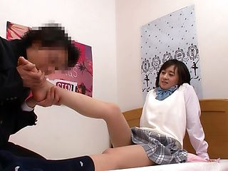 Naughty Japanese teen flmed during a nice fuck