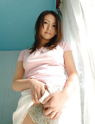 Takako Kitahara Lovely Asian Model Shows Her Nice Big Tits