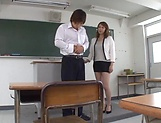 Kazama Yumi gets nailed superbly in class