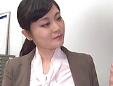 Hirose Yoko giving head at the office picture 8