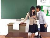 Hirose Yoko has her twat rammed in class picture 13