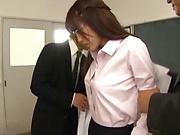 Stunning Iioka Kanako enjoys two hunk men