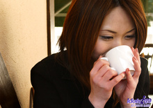 Yoko - Picture 14
