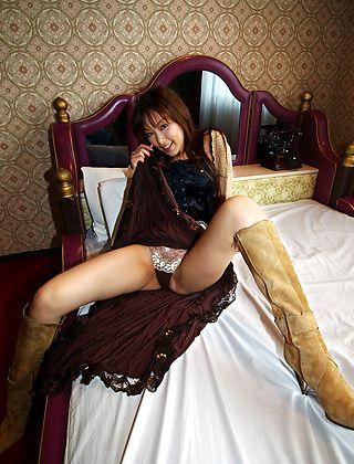 Yua Aida Naughty Asian Model Shows Fine Ass And Big Tits