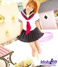 Yuri - Picture 4