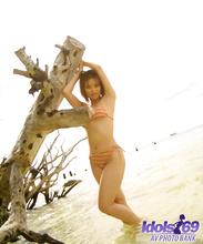 Yuri - Picture 28