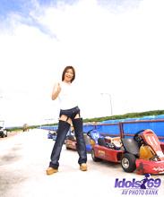 Yuri - Picture 55