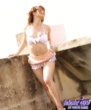 Yuri - Picture 9