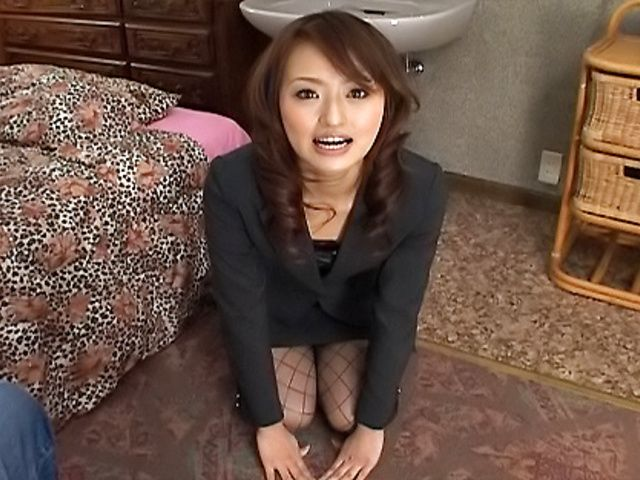 Japanese Secretary Gets On Her Knees For A Cock