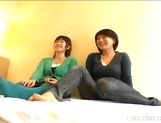 Yuu Japanese AV Models Are Fondling Each Other picture 5