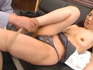 Mature Japanese model gets hardcore on coffee break