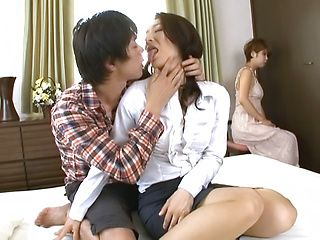 Marina Matsumoto enjoys big cock up her vagina