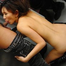 Asami Yoshikawa - Picture 7