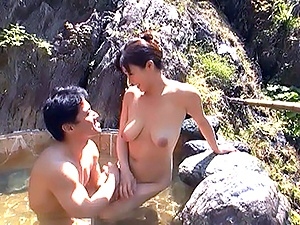 Mature beautiful Miyabe Suzuka loves sex