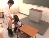 Young Wakaba Onoue enjoys hot oral session