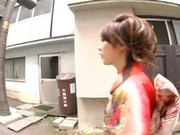 Yuri Kousaka Japanese model enjoys showing off her sexy body