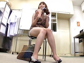 Japanese AV model is a hot milf in high heels