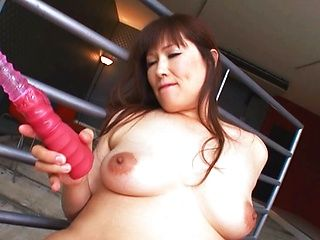 Reiko Shimura mature Asian chick is into masturbation
