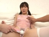 Miori Hara receives storng pussy stimulation on cam