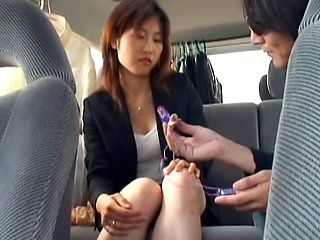 Horny Japanese model in the office steps out to masturbate