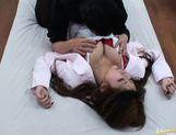 Natsuki Iijima Japanese beauty spreads her legs