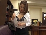 Short-haired Japanese office lady Riko Honda has excellent sex