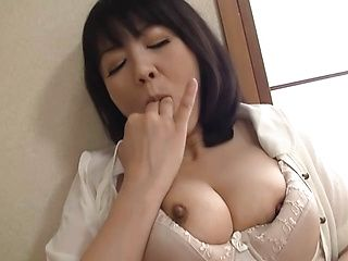 Japanese housewife finger fucking on cam