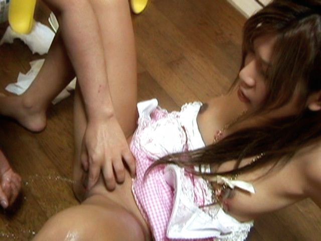 Junna Kawai Asian model has sweet hairless pussy