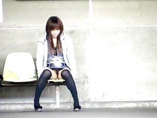 Nice Asian teen in short skirt Yuzuki Hatano sexy exposure