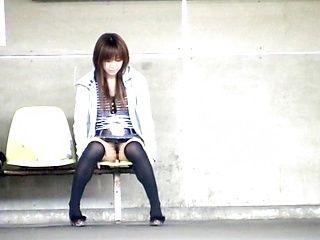 Nice Asian teen in short skirt Yuzuki Hatano sexy exposure