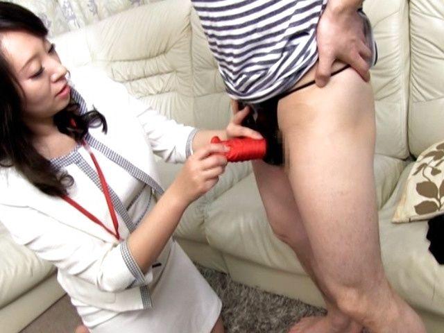 Japanese mature handjob