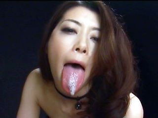 Hot Asian milf treats dude to awesome blowjob