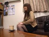 MILF Toy Fucking With Japanese Hottie Ren Mukai picture 11