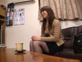 MILF Toy Fucking With Japanese Hottie Ren Mukai picture 13