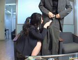 Chinami Sakai Asian secretary gives a hot blowjob