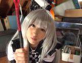 Teen bombshell Yuuki Itano gets her shaved pussy fucked