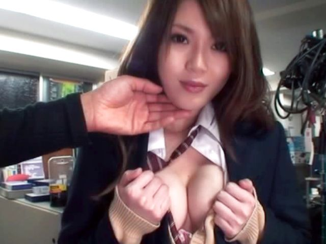 Upskirts with Shiori Hazuki and great pussy fingering