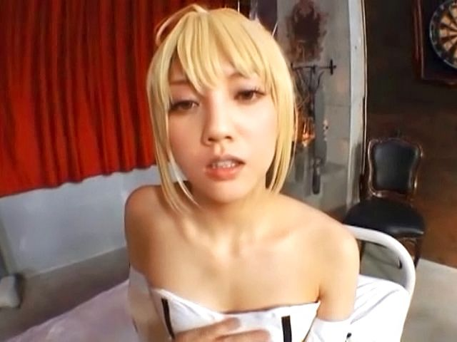 Japanese AV model is a blonde bombshell ready for a fucking