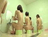 Badehaus für nackte Frauen Sommerpornostar ein