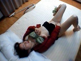 Yukari Mizuno insane blowjob
