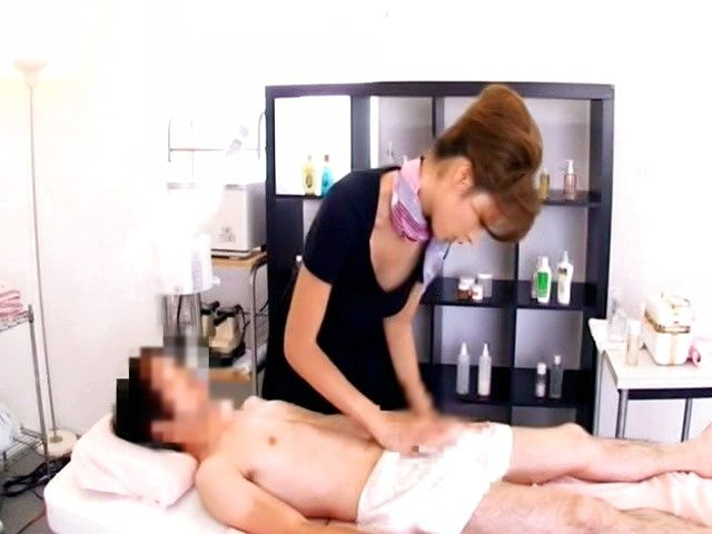massage therapy hands - Mature massage therapist Japanese woman jerks off a cock - Japanese MILF  Porn