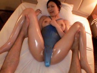 Sasaki Haruka Asian MILF gets dildo penetration