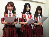 Kinky group of schoolgirls takes dildoes and vibrators in them pussyes. picture 11