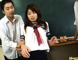 Riko Araki in school uniform classroom group fuck picture 4